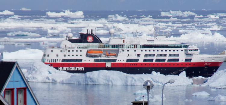 Klassiske vinterrejser med Hurtigruten - Nordlys i Norge med Hurtigruten   Travelnorth.dk