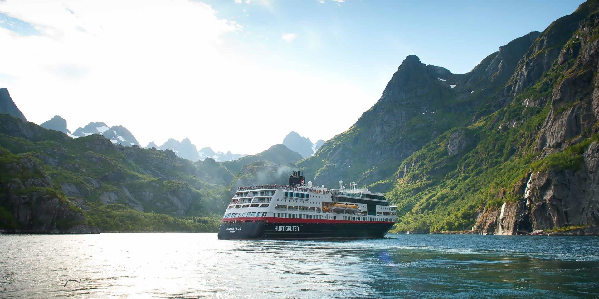 M/S Midnatsol - Ruby Rejser - Hurtigruten