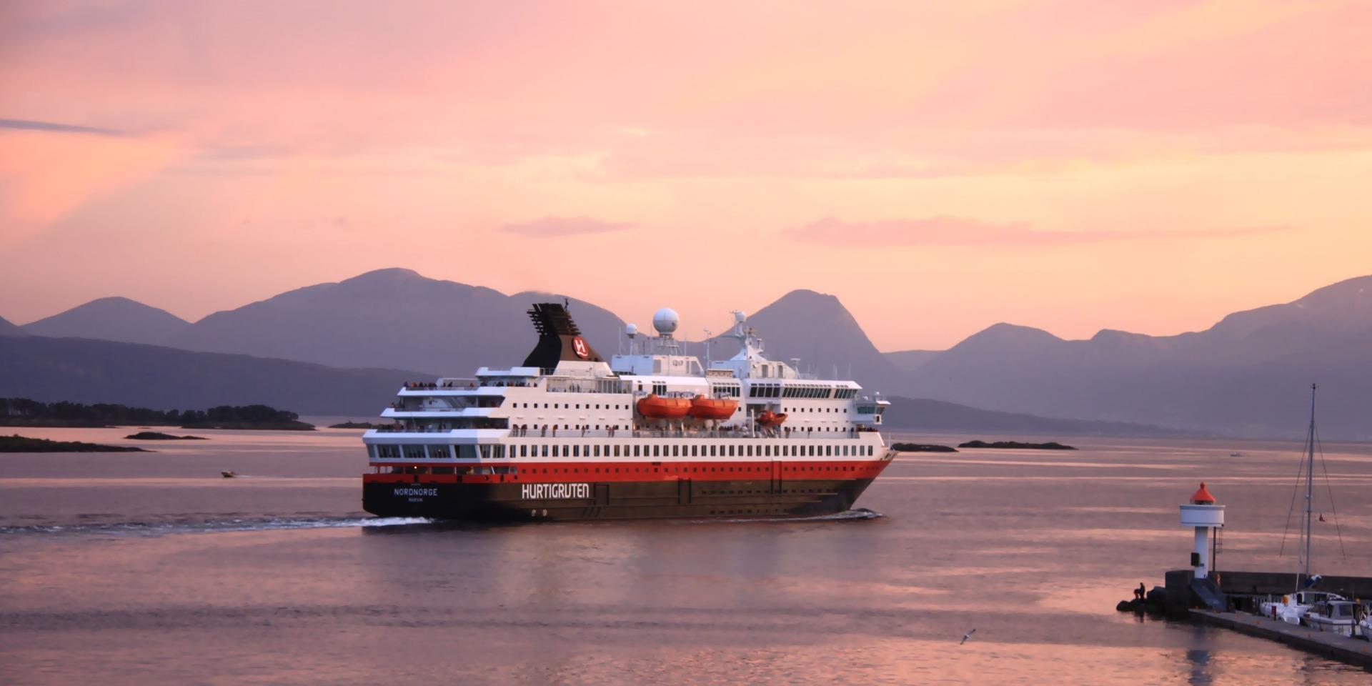 Skibet M/S Nordnorge - Hurtigruten - Ruby Rejser