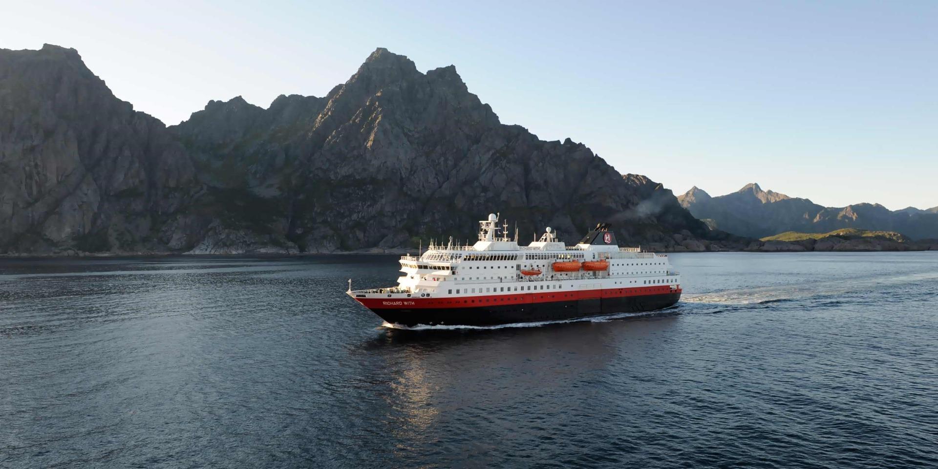 Skibet Richard With - Hurtigruten - Ruby Rejser